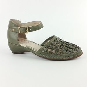Pikolinos Green Leather Ankle Strap Sandals S9-13